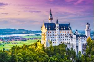 PRAVLJIČNI BAVARSKI GRADOVI (3 DNI) Nemčija
