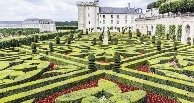 GRADOVI, DVORCI IN PARKI LOARE Francija