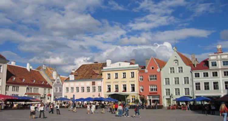 BALTSKE PRESTOLNICE IN HELSINKI Skandinavija