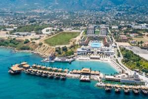 Cratos Premium Port & Spa 5*, Girne (Kyrenia)