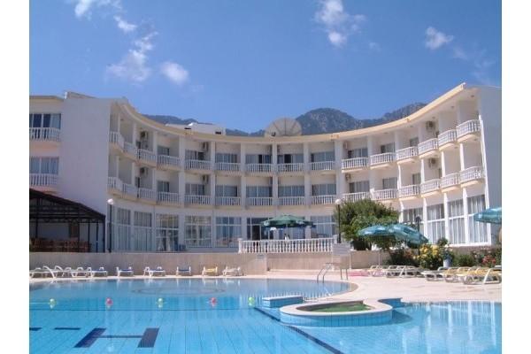 Hotel SEMPATI 3*, Girne (Kyrenia)
