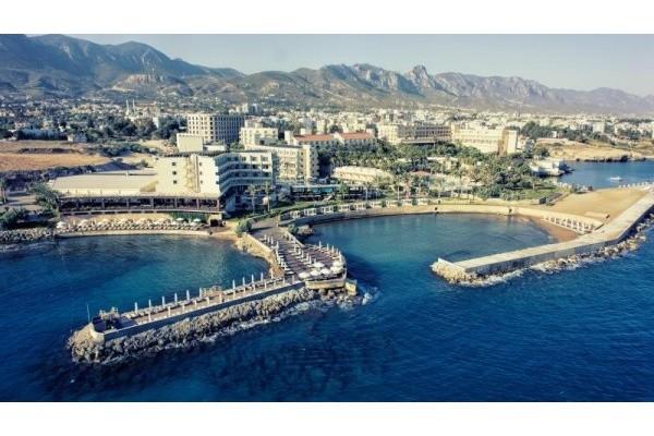 Hotel VUNI PALACE 5*, Girne (Kyrenia)