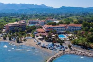 Angela Beach Hotel 3*, Astrakeri