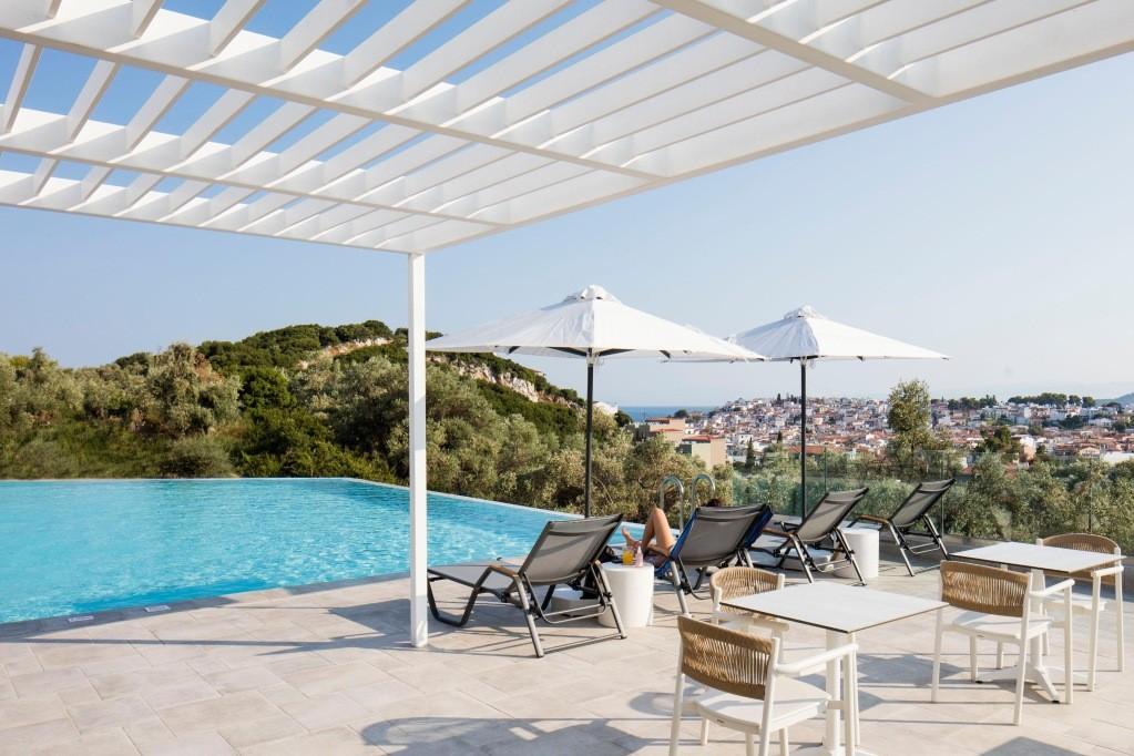 Amira Luxury Suites 4*, Skiathos