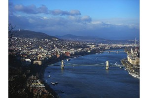 BUDIMPEŠTA IN KOLENO DONAVE Madžarska